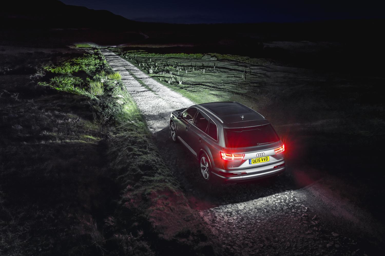 Oświetlenie zewnętrzne pojazdu